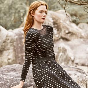 Une robe de soirée ou une jupe fashion
